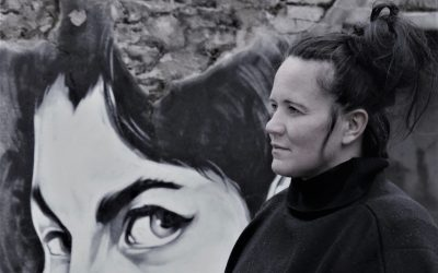Scottish Songstress Kate Reid Releases 60s Cover Single Yes It Is