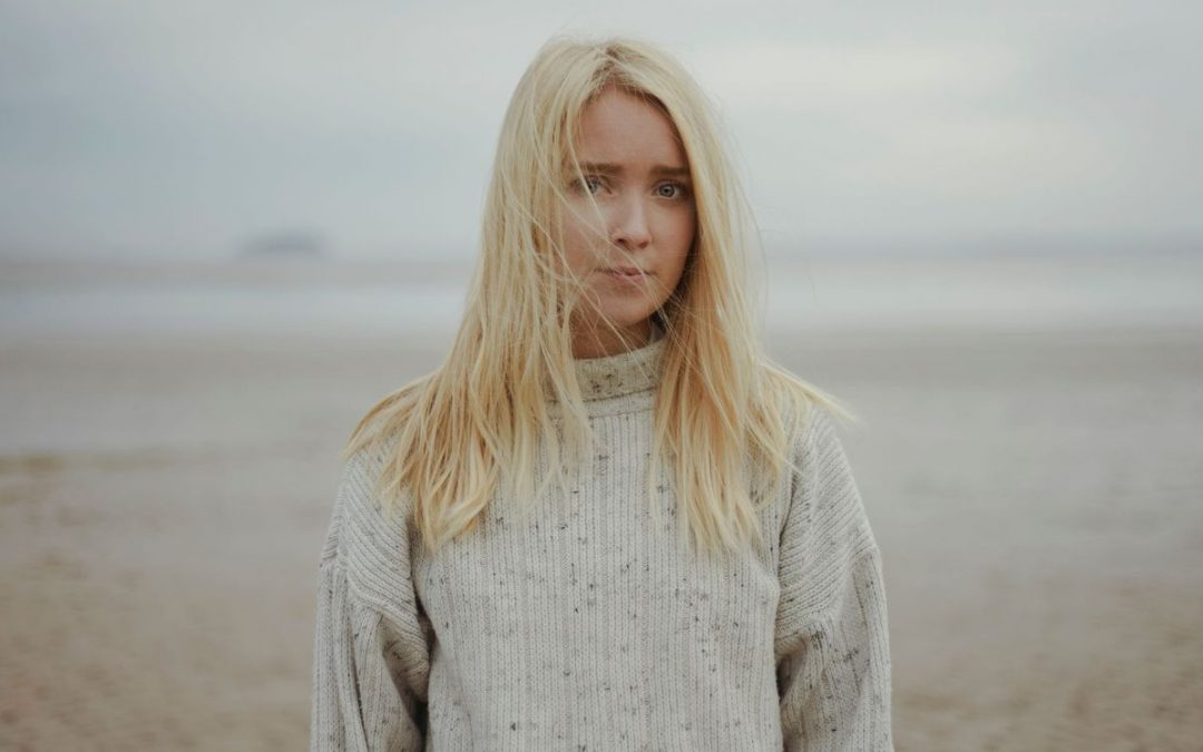 Somerset Singer-Songwriter Kitty Macfarlane Releases Sea-Inspired New Single